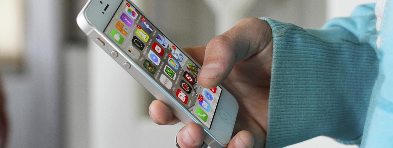 PHONE-SOCIAL-APPS-5.jpg
